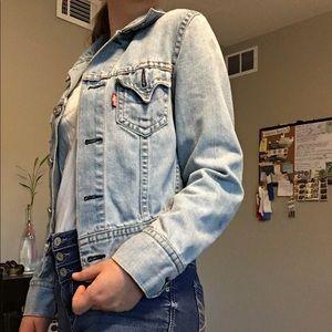 Levi Jean jacket ❤️